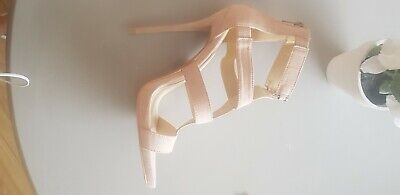 High Heeled Missguided Shoes • 6£