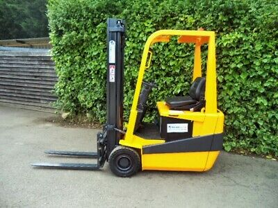 Electric Counterbalance Forklift Truck 1.5 Ton Capacity • 3,850£