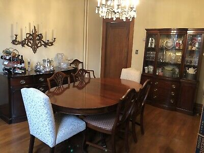 $2500 • Buy 10pc Mahogany Drexel Dining Room Suite