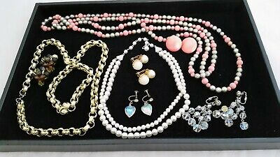 $ CDN25 • Buy BEAUTIFUL Mixed Lot Vintage JEWELRY. A Must See!
