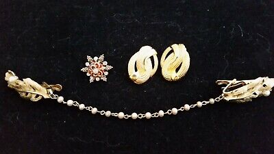 $ CDN15 • Buy BEAUTIFUL Vintage Mixed Lot JEWELRY. Gold Tones. Some Signed. A Must See!