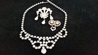 $ CDN15 • Buy BEAUTIFUL Vintage Mixed Lot JEWELRY. A Must See!