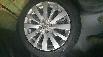 AU150 • Buy Used 16 Alloy Wheel For Suzuki Swift 2013-16 Fz  Right  Tyre Not Good Condition