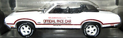 $14 • Buy 1:64 Greenlight Pace Car Garage 1970 Oldsmobile 442 Indy 500 Pace Car