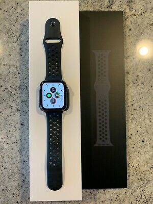 $ CDN267.39 • Buy Apple Watch Series 4 44 Mm Space Gray W/ Nike Sport Band (Cellular)