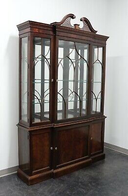 $2895 • Buy STICKLEY Chippendale Mahogany Breakfront China Display Cabinet