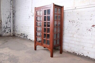 $2295 • Buy Arts & Crafts Quartersawn Oak Bookcase In The Manner Of Gustav Stickley, C. 1900