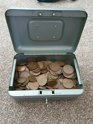 UK Pre-Decimal And Foreign Coins • 3£