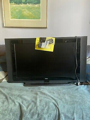 Goodmans Tv With Remote Control 30 Inch • 50£