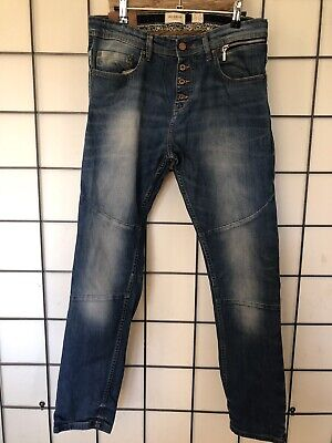 AU15 • Buy Pull And Bear Jeans