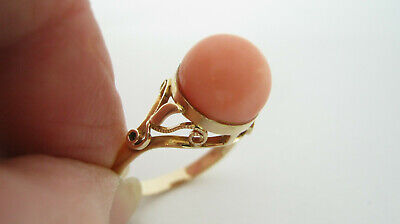 18ct Gold Coral Dress Ring 3.2 Grammes UK Size L • 450£