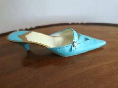Collectables - Just The Right Shoe By Raine - Material Girl - Item 25345 • 10.50£