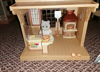 Sylvanian Families Pizza Shop • 1.75£