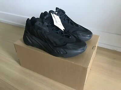 $ CDN459 • Buy Adidas Yeezy Boost 700 MNVN Black 100% Authentic