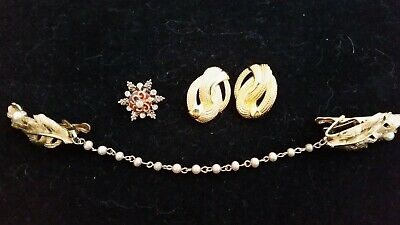 $ CDN12 • Buy BEAUTIFUL Vintage Mixed Lot JEWELRY. Gold Tones. Some Signed. A Must See!