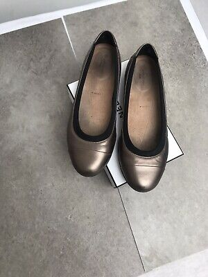 Clarks Pewter Metallic Flat Shoes Size 4.5 • 6.99£