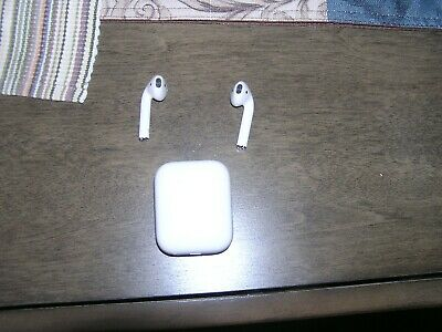 $ CDN41.95 • Buy PRE OWNED Apple AirPods Wireless Earbuds WORKS GREAT
