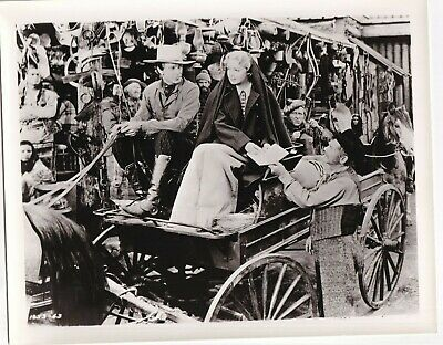 $ CDN12.08 • Buy MADELINE CARROLL & GARY COOPER IN North West Mounted Police 1940 ORIG PHOTO 9