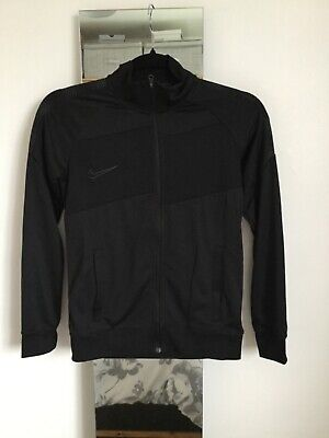 Boys Black Nike Track Top Size M 137-147 Cms • 15£