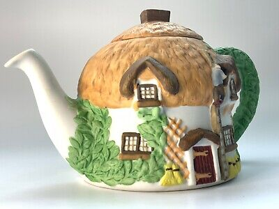 Collectable Ceramic Teapot Christopher Wren Cottage • 5.99£