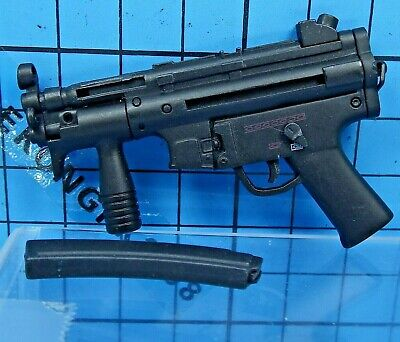 £17.97 • Buy Hot Toys 1:6 MMS139 Resident Evil Afterlife Alice Figure - MP5 Sub Machine Gun