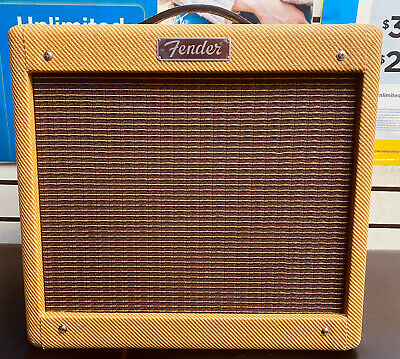 $ CDN523.63 • Buy Fender Pro Junior IV Lacquered Tweed Covering Vintage-style 15W Guitar Amplifier