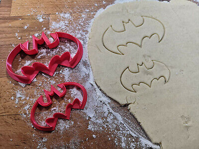 Set Of 2 Batman Cookie Cutter Biscuit, Pastry, Fondant Cutter - Free Shipping • 3.49£