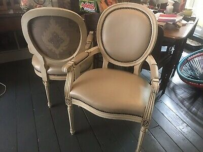 French Style Louis Carver Chair • 25£