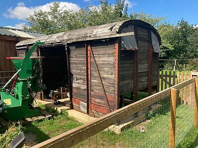 Railway Carriage Restoration Project!  • 1,200£