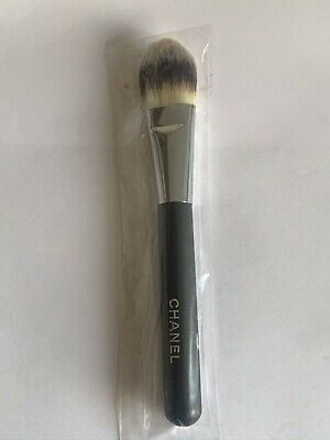 Chanel Foundation Brush Number 6 New No Box • 22£