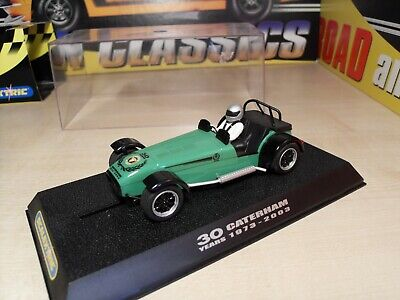 Scalextric C2589 Caterham '30 Years - 1973 To 2003' Car Is Brand New On Plinth. • 44.99£