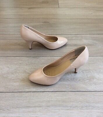 Evans Nude Patent Court Shoes, UK Size 5 EEE Extra Wide Fit • 17£