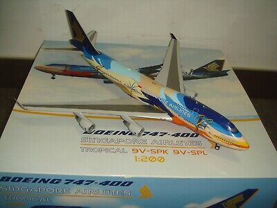 AU393.25 • Buy BBOX 200 Singapore Airlines SQ B747-400  Tropical Color  1:200 DIECAST 9V-SPK