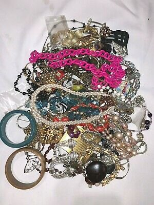 $ CDN12.99 • Buy LOT Of Asstd Antique & Vintage Costume Jewelry For Repair Redesign Resale 1.3 KG