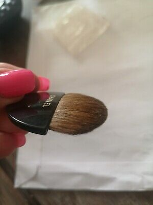 Genuine Chanel Make Up Brush Compact Powder Blusher New • 1.70£