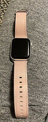 $ CDN227.34 • Buy Apple Watch Series 4 40 Mm Silver Aluminum Case With White Sport Band (GPS +...