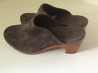 UGG CLOGS Size 5 New • 5£
