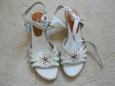 Women Jana White Low Heel Comfortable Casual Leather Sandals Shoes Size 3.5 • 29.99£