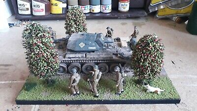 1/35 Scale British Crusader Tank Model And 8 Figures And Dog!.diorama. • 14.50£