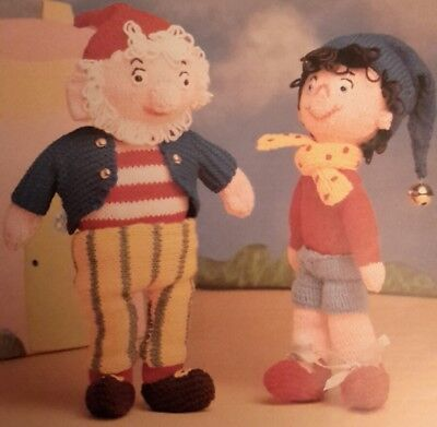 Knitting Pattern NODDY & BIG EARS TOYS DOLLS Double Knitting Approx Height 12  • 2.40£