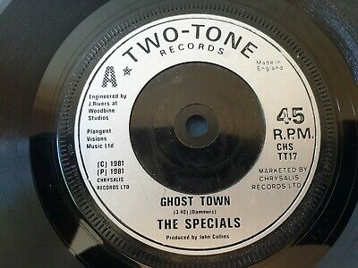 The Specials - Ghost Town   7   Single Two Tone Records CHS TT17 • 7£