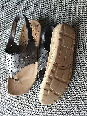 Rockport Toe Post Sandals Slip On Gold / Brown Size 7 / 41 Beautiful Shoes • 12.99£