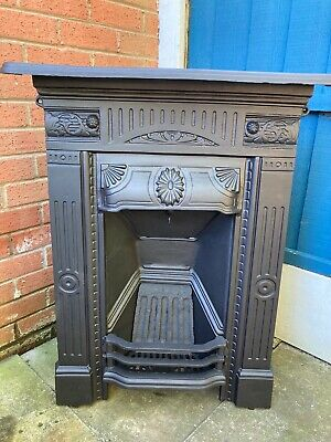VICTORIAN/EDWARDIAN CAST IRON BEDROOM FIREPLACE (2 Available)(FREE DELIVERY) • 345£