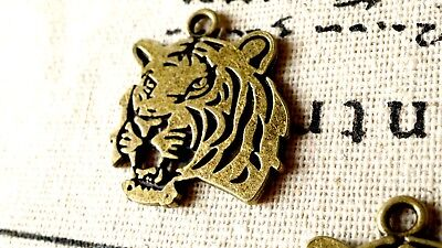 Tiger Head 5 Charms Bronze Vintage Style  Jewellery Supplies C149 • 2.99£