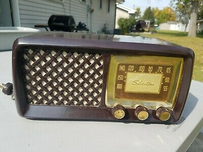 $ CDN82.45 • Buy Vintage Sears Silvertone Art Deco  Radio - Model 2015 - Brown - Bakelite