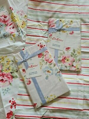 Cath Kidston New Spring Bouquet Pillowcases Pair Bedding Cotton Floral  • 30£