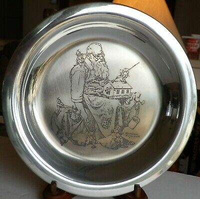 "$ CDN52.30 • Buy Norman Rockwell Pewter Christmas Plate ""Santa's Helpers  Franklin Mint Etching"