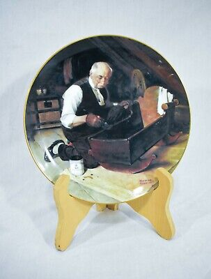 $ CDN25.16 • Buy Norman Rockwell Collector Plates  Grandpa's Gift  Authenticated 17404 R