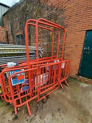 Gated Walk Through Crowd Barriers • 45£