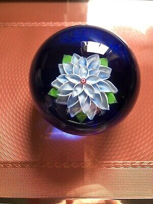 Baccarat Glass Limited Edition Paperweight 1980 No.57/75. Excellent Condition. • 102£